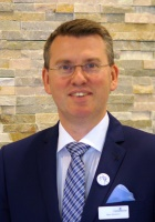 hotel manager - Marc Stickdorn